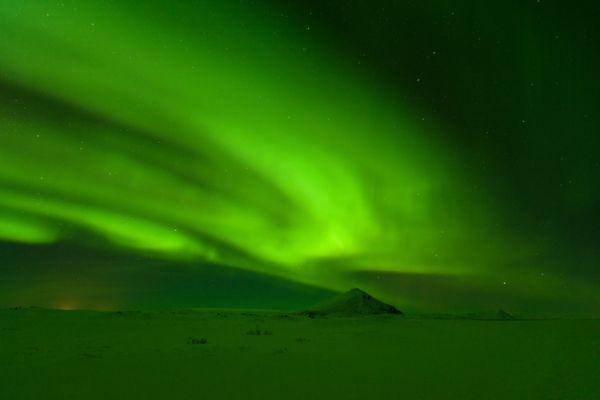 noorderlicht-aurora-borealis-vindbelgjarfjall-20141219-10432815528916B04C-4C4B-5B9A-1945-C59A4E14BAF3.jpg