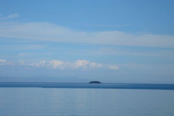 eiland-in-zee-island-in-the-sea-20150527-1902363389495B543C-F7DE-86D5-7E86-ED18A1490395.jpg