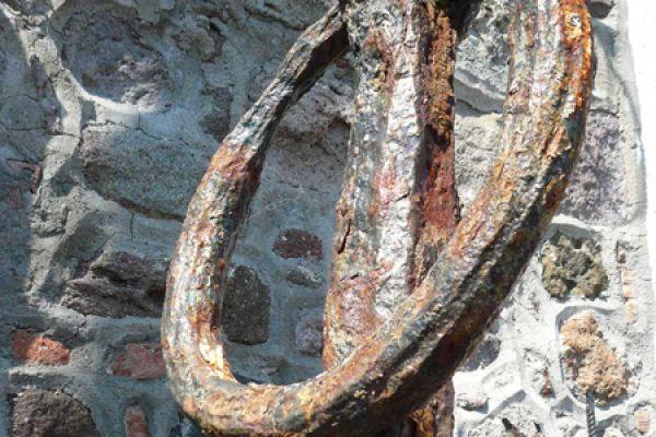 oud-anker-old-anchor-20150527-20334289977072F046-2B12-4B9C-C63A-F393733F0039.jpg