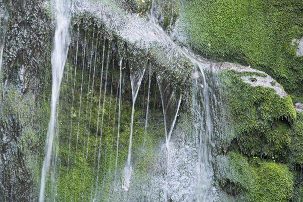 waterval-van-mankatsa-waterfall-detail-20150527-1335750997B087A3ED-305A-E6CA-D5B7-85136A735121.jpg
