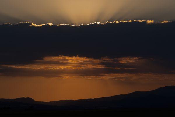 lijnenspel-in-spaans-landschap-spanish-pyrenean-landscape-4-20141219-206628118105D33BE5-C89E-5937-47B6-80D5B7F331B9.jpg