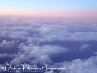 zon_boven_de_wolken_op_terugreis_-_sunrise_above_the_clouds_20150224_1108671010
