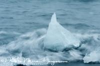 joekulsarlon_driftend_ijs_op_strand_-_drifting_ice_on_black_beach_20150224_1976574632